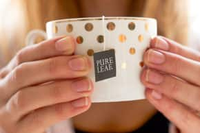 Give the Gift of Tea This Valentine's Day